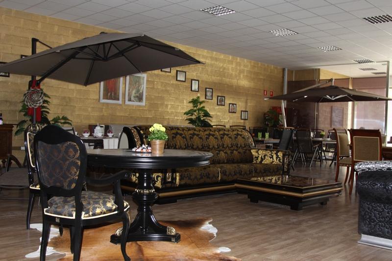 Muebles de dise o italiano en costa brava barcelona girona - Salones diseno italiano ...